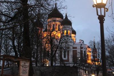 ライトアップされたアレクサンダー・ネフスキー大聖堂